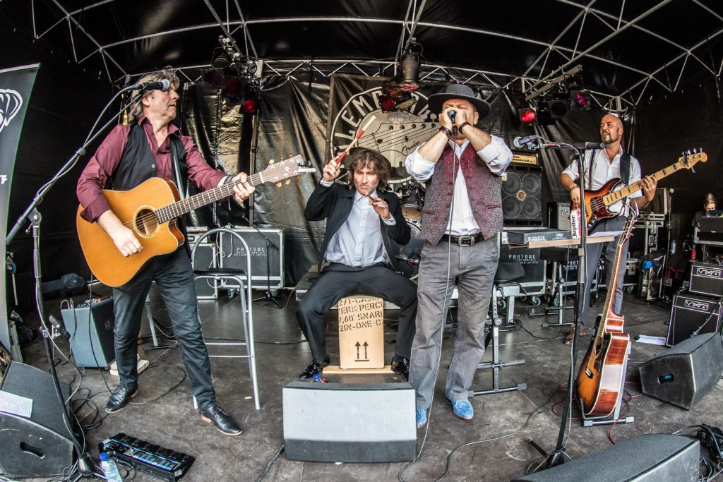 Ramblin' Dog, acoustisc bluesband, Culemborg Blues 2017, photo: Rob van Dalen