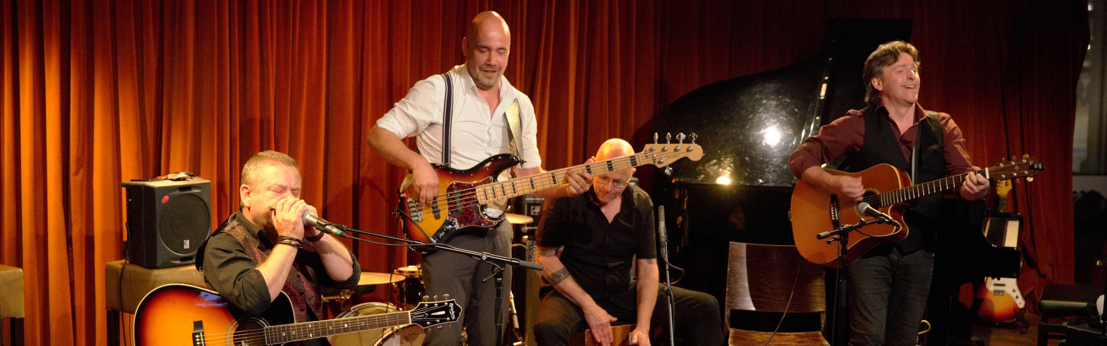 bluesband Ramblin' Dog @SiSo, Grand Café Meneer Frits, Eindhoven. Foto: Ronald Rietman